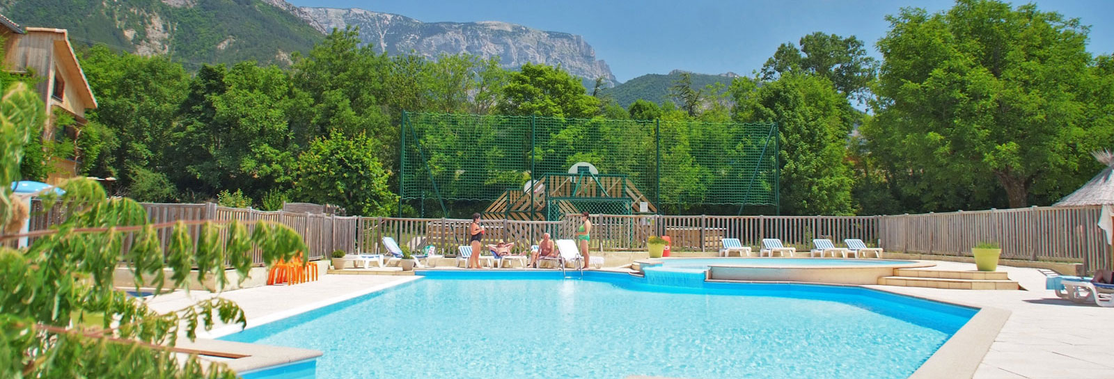 Camping le glandasse camping caravaning drome piscine for Camping drome provencale avec piscine